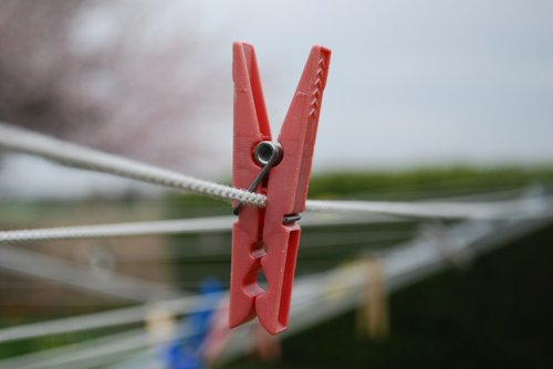 dew  clothes peg  clothes line