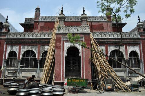 dhaka building man