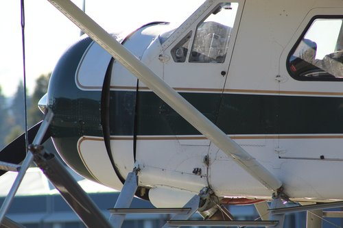 dhc 2  beaver  float plane