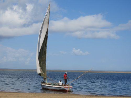 dhow inhambane mozambique