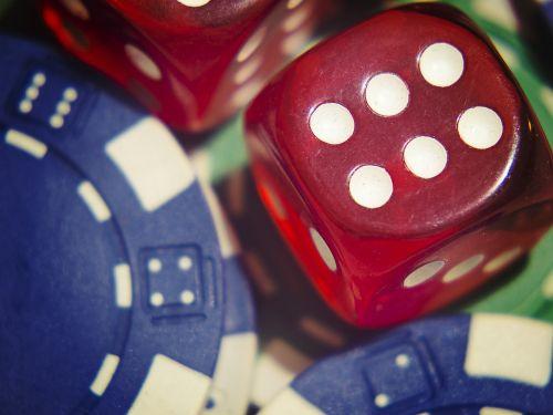 dice gamble poker
