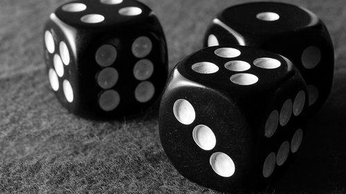 dice  casino  chance