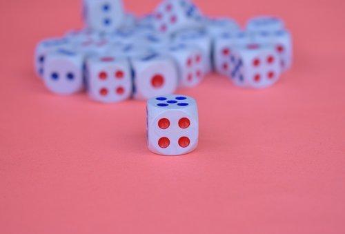 dice  cube  dices