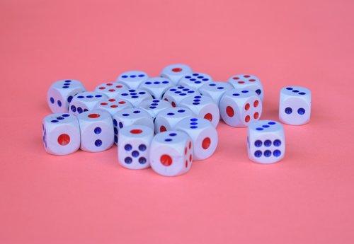 dices  cubes  chances