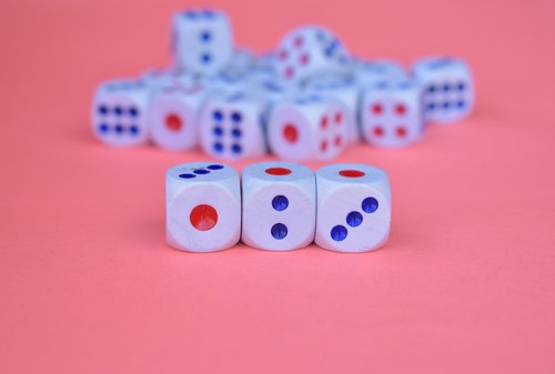 dices  cubes  luck
