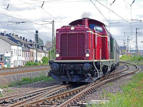 diesel locomotive  universal locomotive  branch line