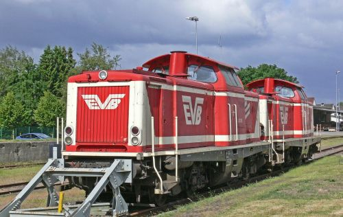diesel locomotives double traction powerpack