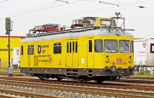 diesel railcar rail service catenary measurement car