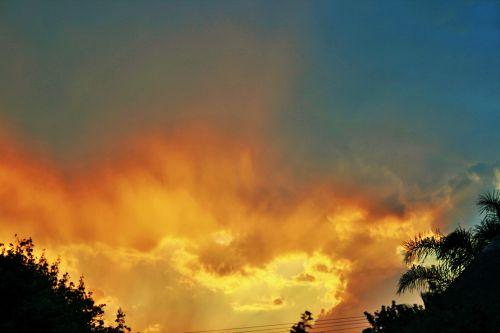 Diffused Light On Cloud
