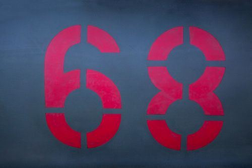digits 68 red