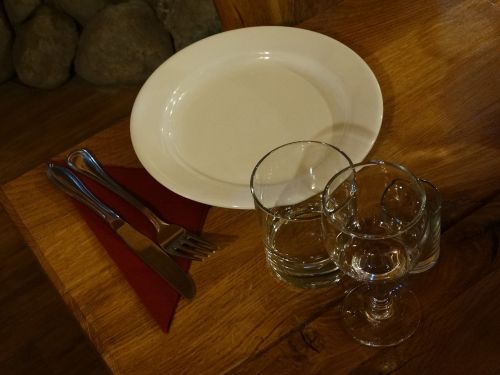 dining plate glass