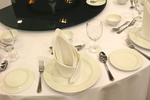 dining sets white spoon