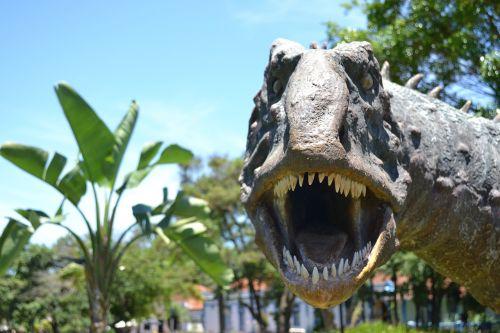 dinosaurs uberaba peirópolis