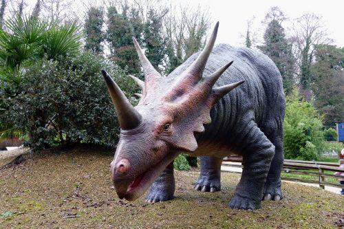 dinosaurs prehistoric jurassic
