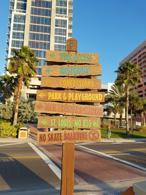 directional sign clearwater