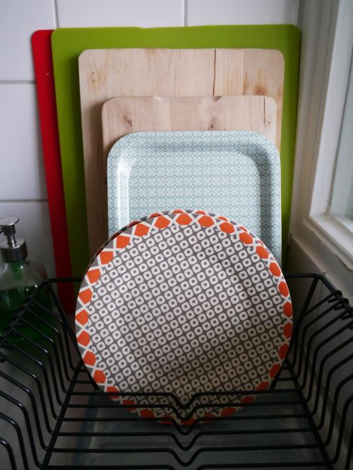 dishes tray kitchen