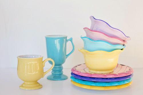 dishes bowls mugs