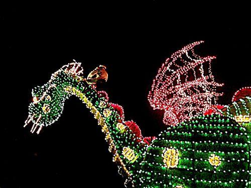 disney world petes dragon light parade