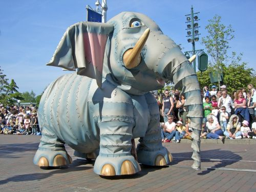 disneyland disney paris