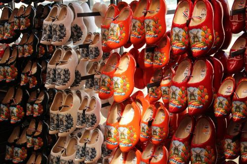 display store clogs