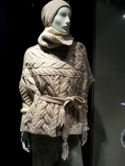 display dummy knitwear wool