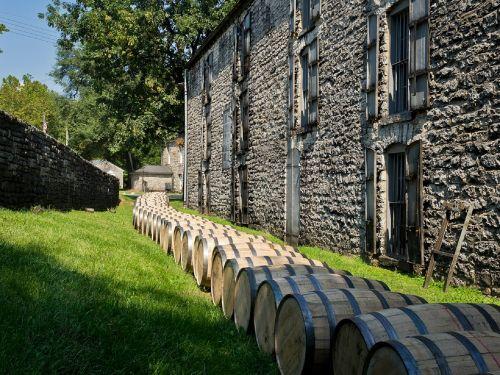 distillery barrels wooden kegs bourbon
