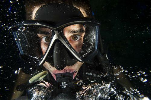 diver man swimmer