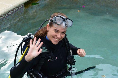 diving water divers