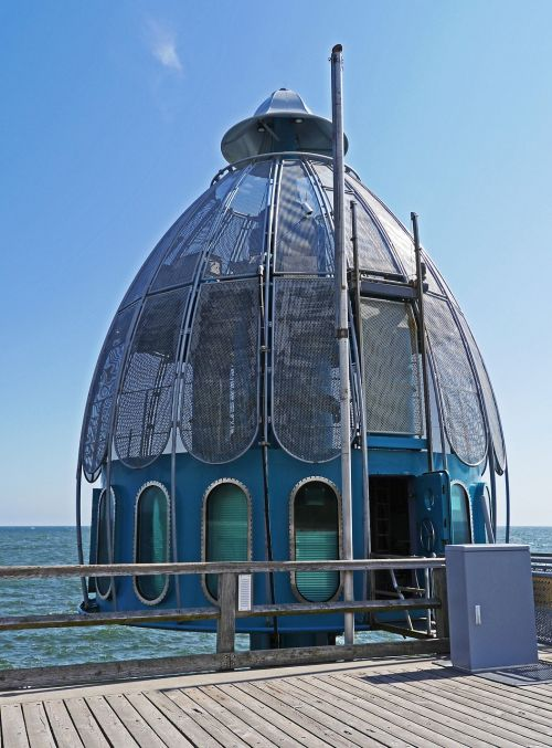 diving bell sellin sea bridge