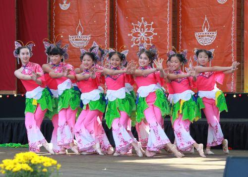 diwali cary dance