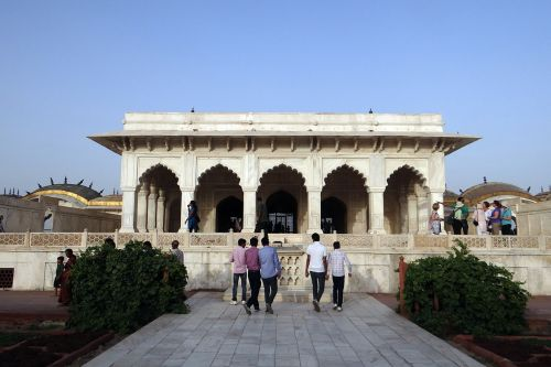 diwan-i-khas hall of private audience agra fort