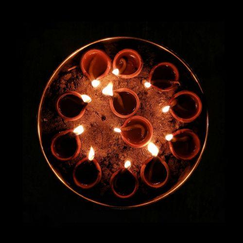 diya lights torch