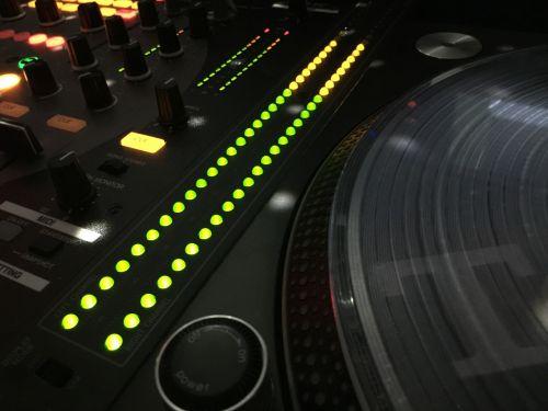 dj audio vu meter turntable