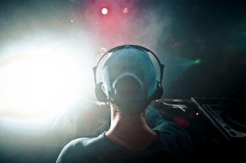 dj music headphones