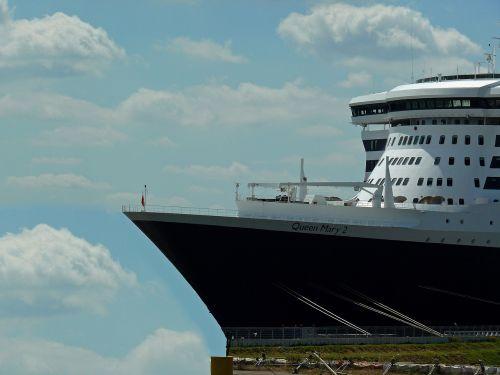 dock ship elbe