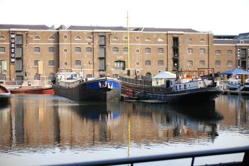 docklands canary wharf