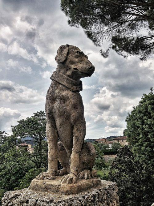 dog stone sand stone