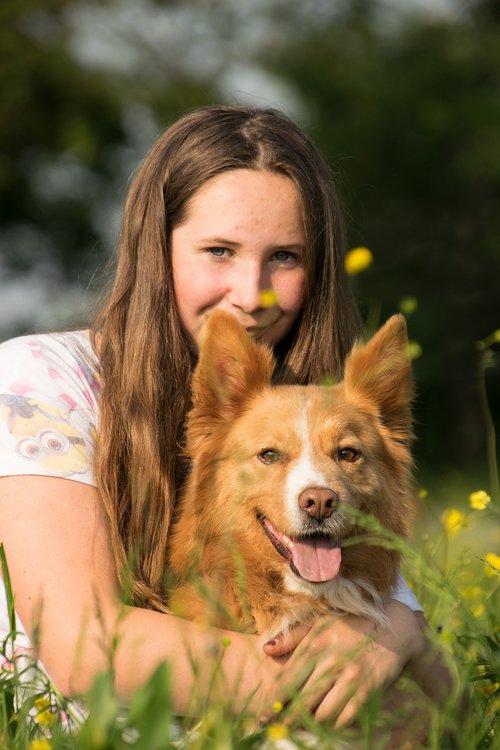 dog  human  girl