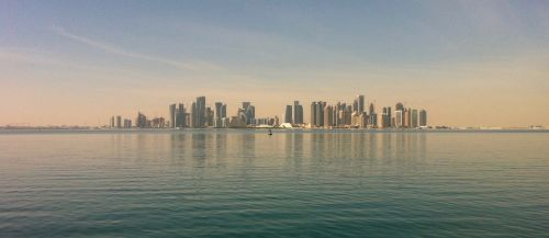 Doha,Kataras,miestas,kraštovaizdis,pastatai,miesto kraštovaizdis,miestas saulėlydis,dusk,miestas šalia vandens,Kataro miestas,Artimieji Rytai,Artimųjų Rytų miestas,vandenyno miestas,vandenynas