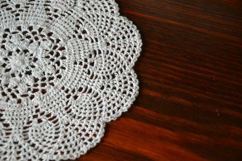 doily tablecloth retro