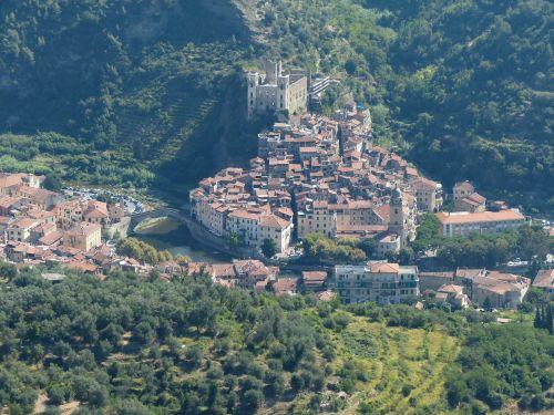 dolceacqua village bergdorf
