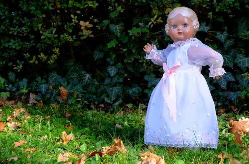 doll festive play
