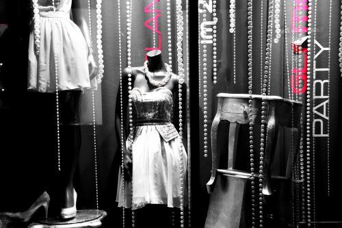 doll window fashion