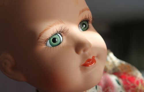 doll baby doll eyes