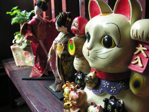doll japan still life