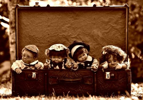 dolls luggage antique