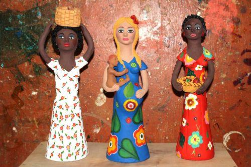 dolls ceramics crafts