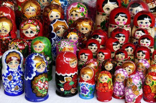 dolls matryoshka matroschka