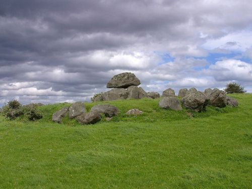 dolmen place of worship tomb