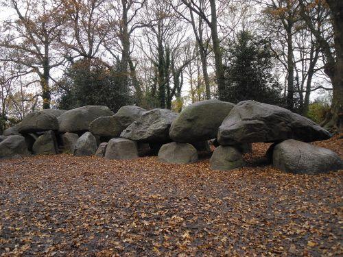 dolmen drenthe ancient times
